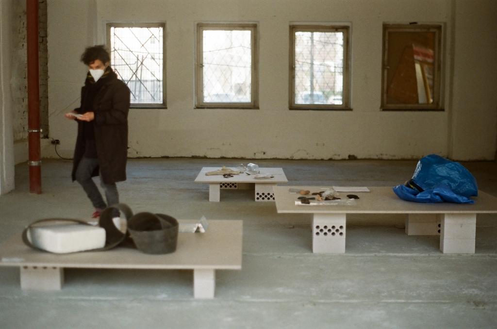 Arrival Points (public viewing), 2021 investigations into EU border crimes on Lesvos display mechanism: Ilke Penzlien photo: Christiane Schmidt
